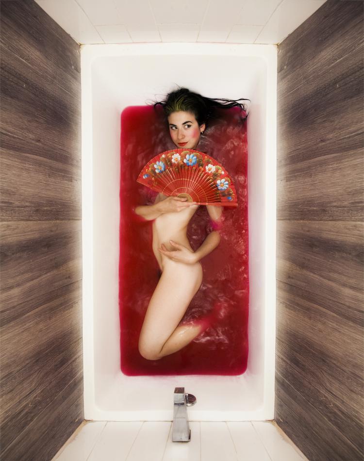 Body in Bathworks_18.png