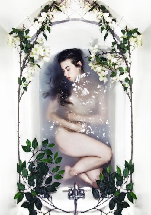 Body in Bathworks_6.png