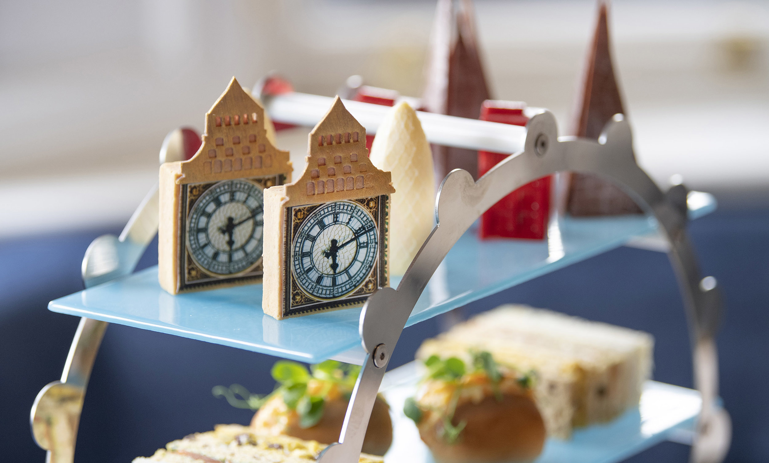 London Landmarks Afternoon Tea_Landscape_Big Ben On Stand Detail_150dpi.jpg