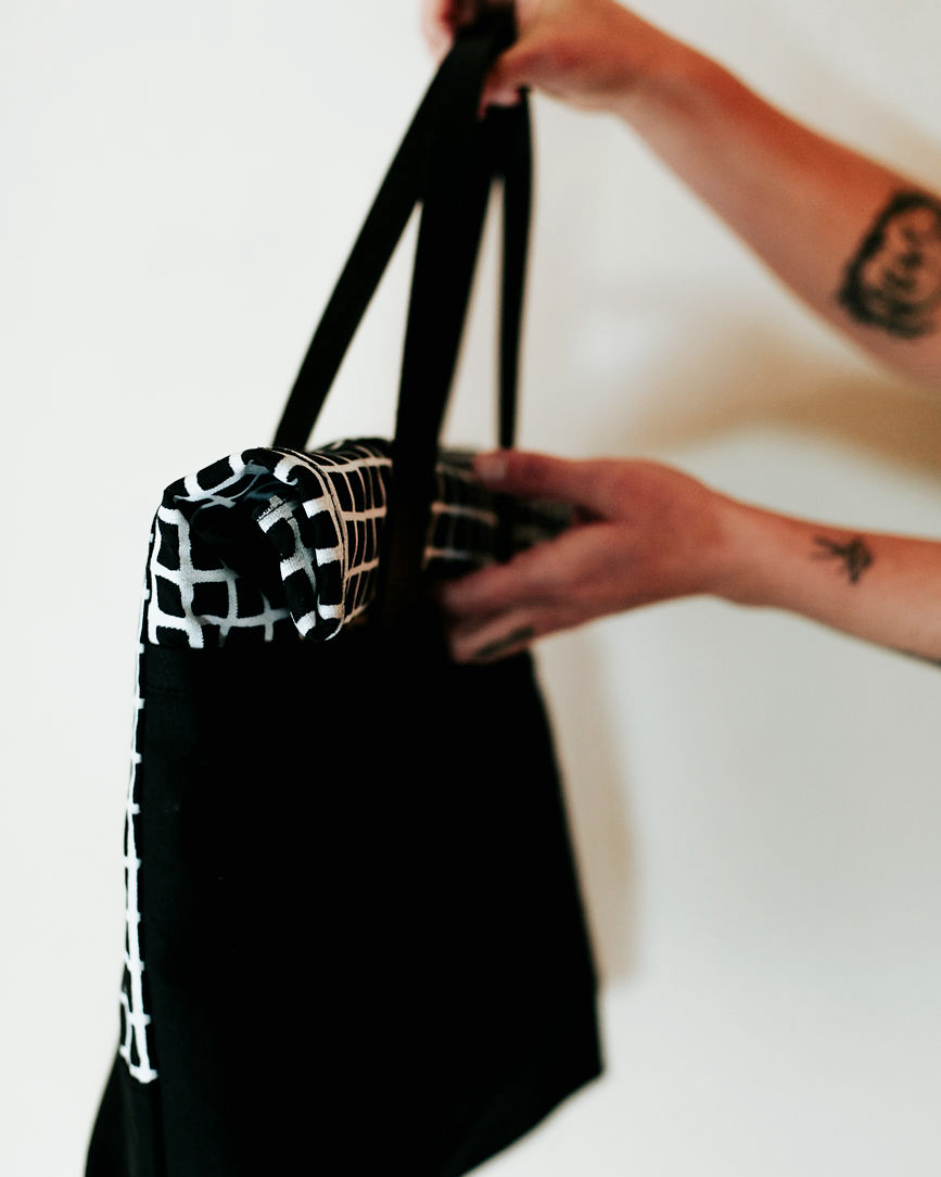 blackblackrolltote copy.jpg