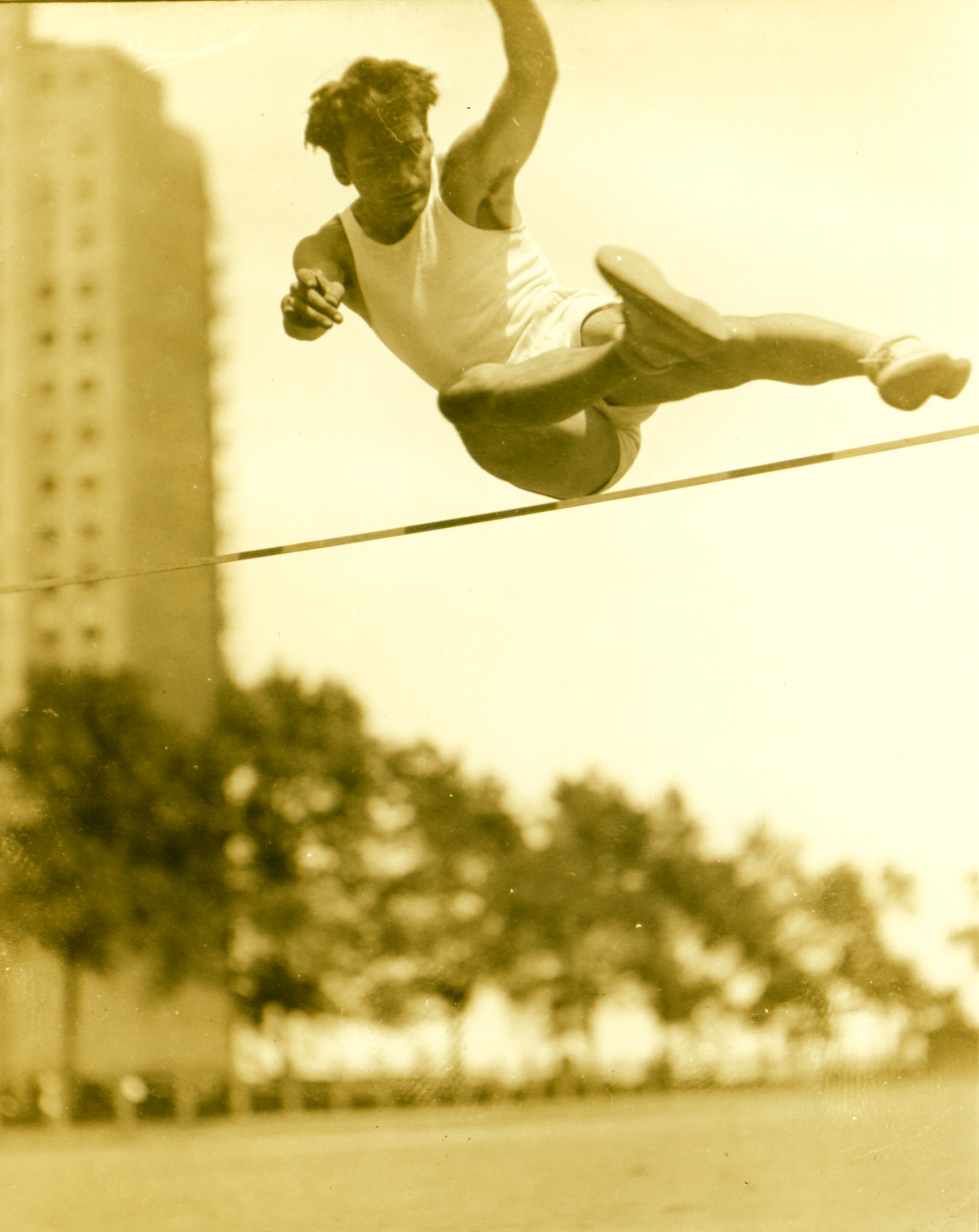 High Jumping in Chicago 1930