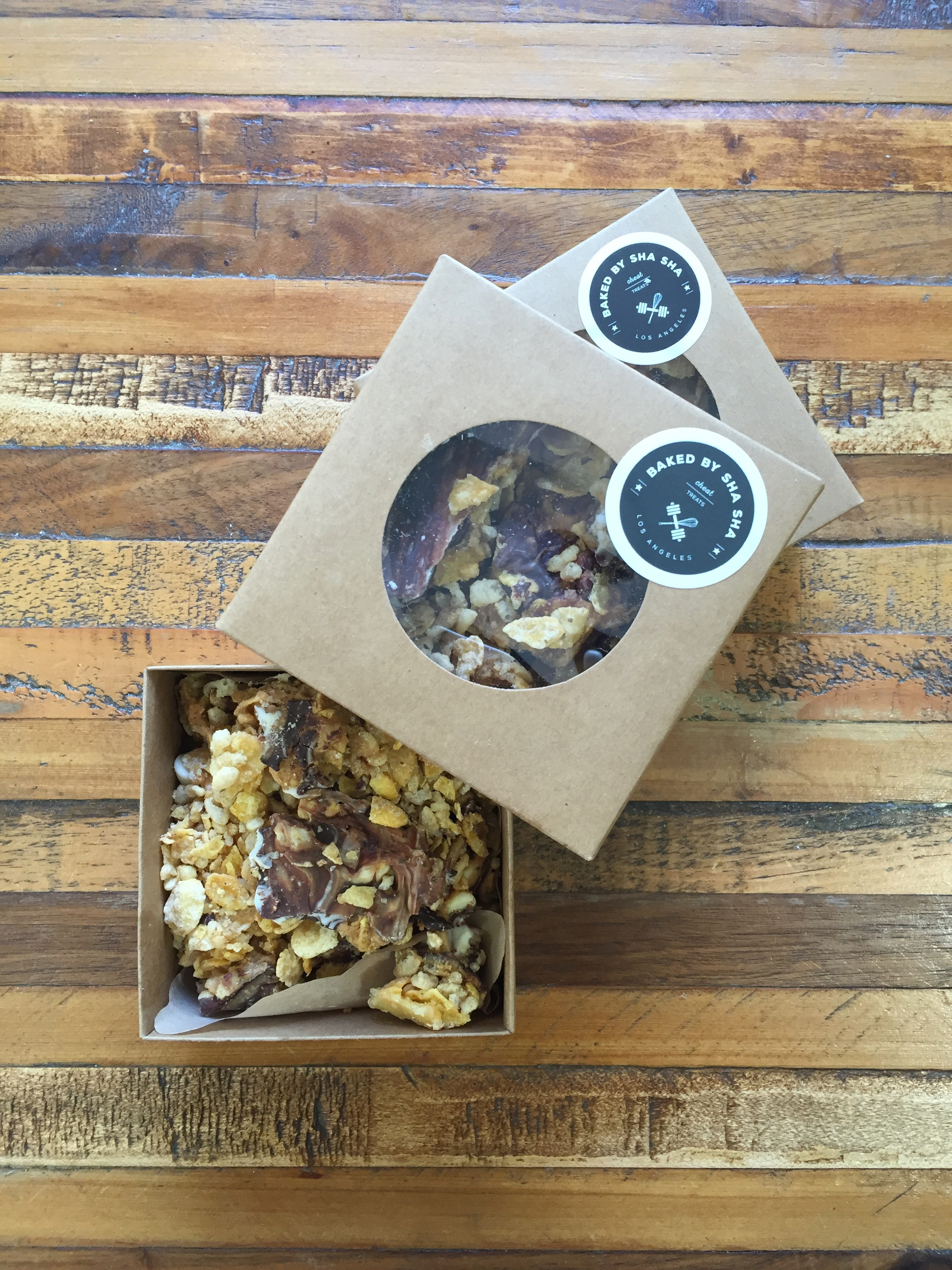 cereal brittle at Om Nom Organics in downtown LA .. @omnomorganics
