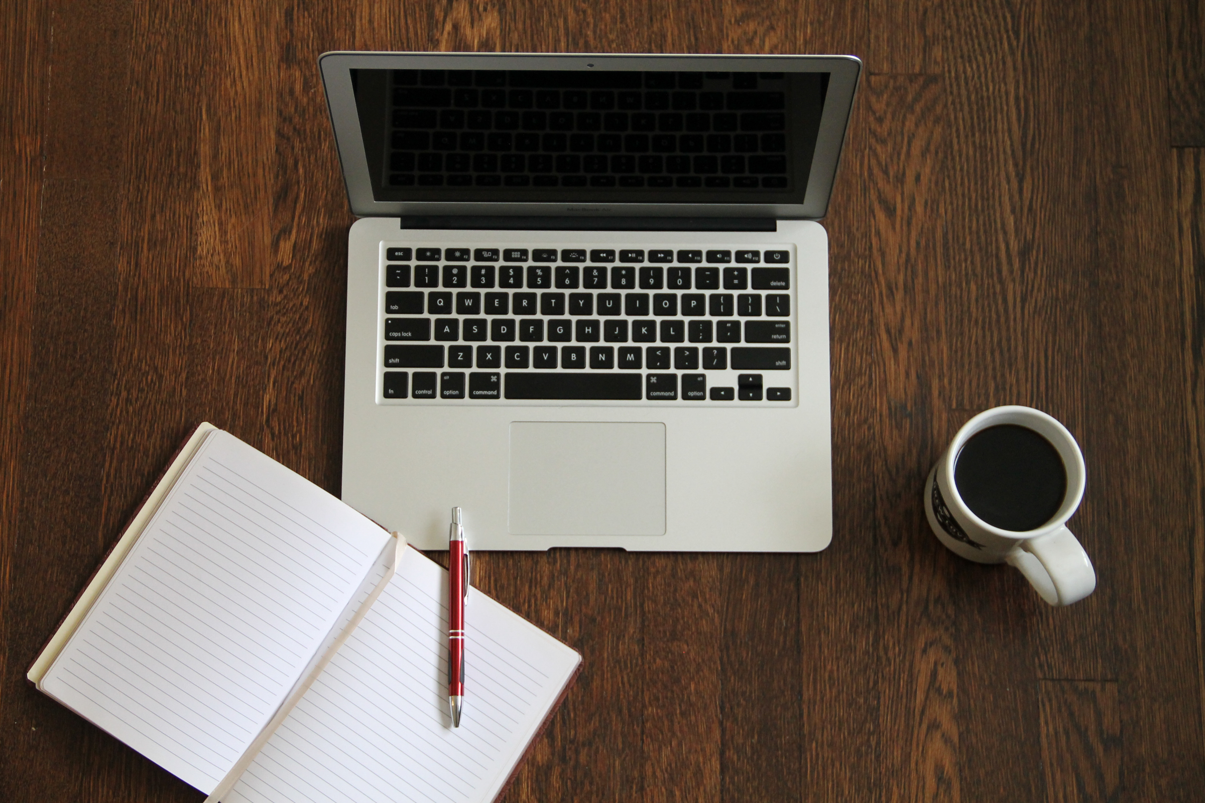 laptop-journal-book-coffee.jpg