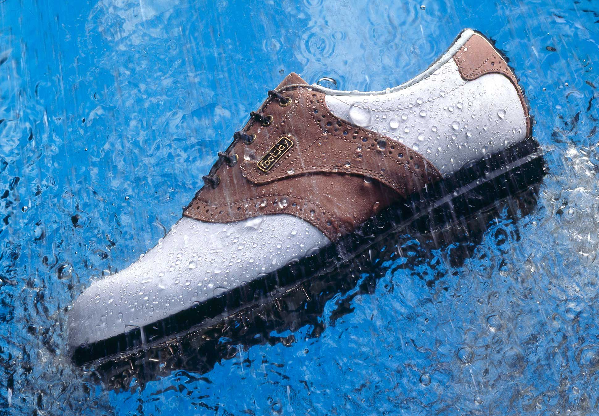 footjoy-in-rain.jpg