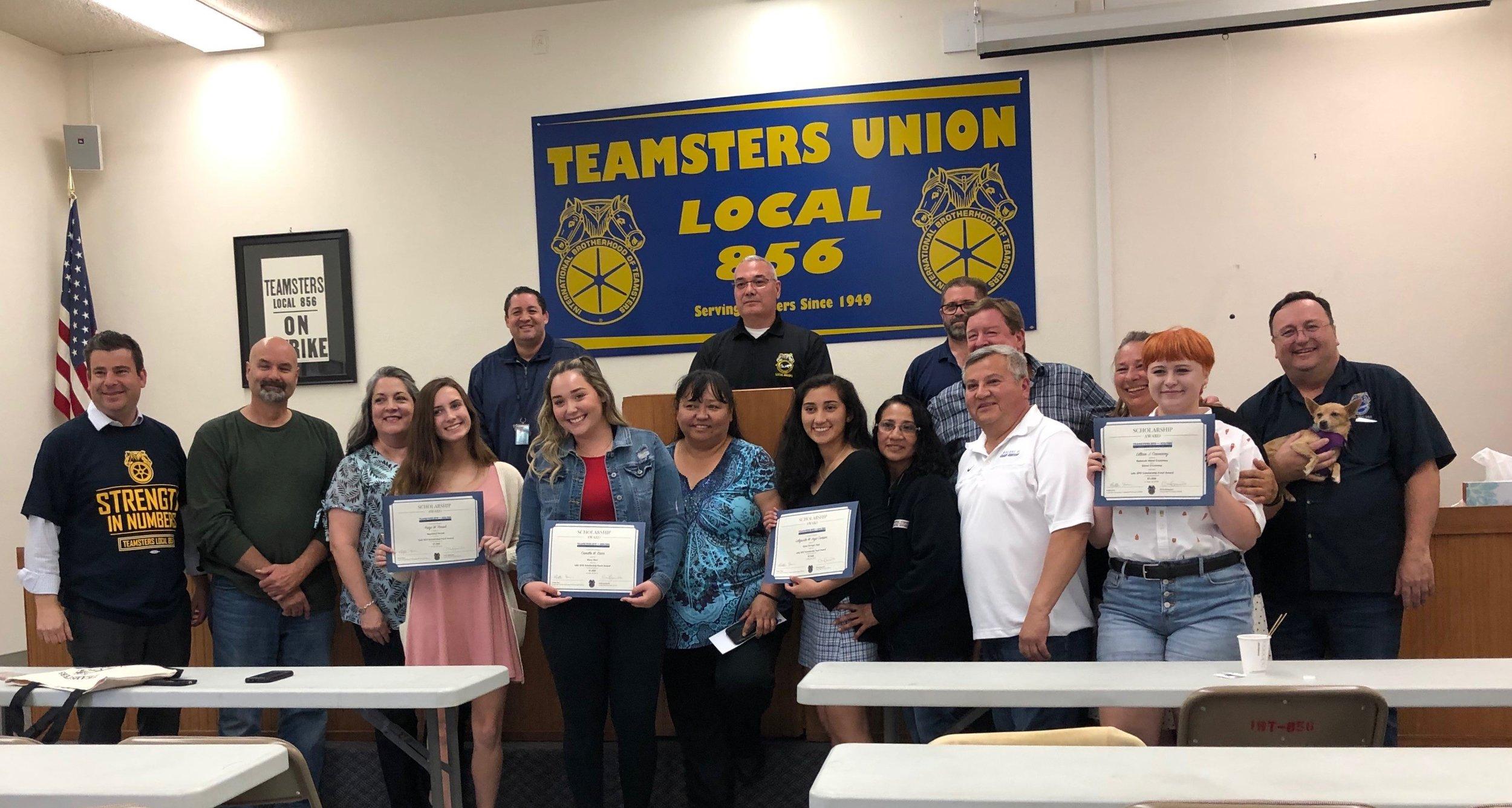 2019_teamsterssfo_scholarship_recipients.jpg