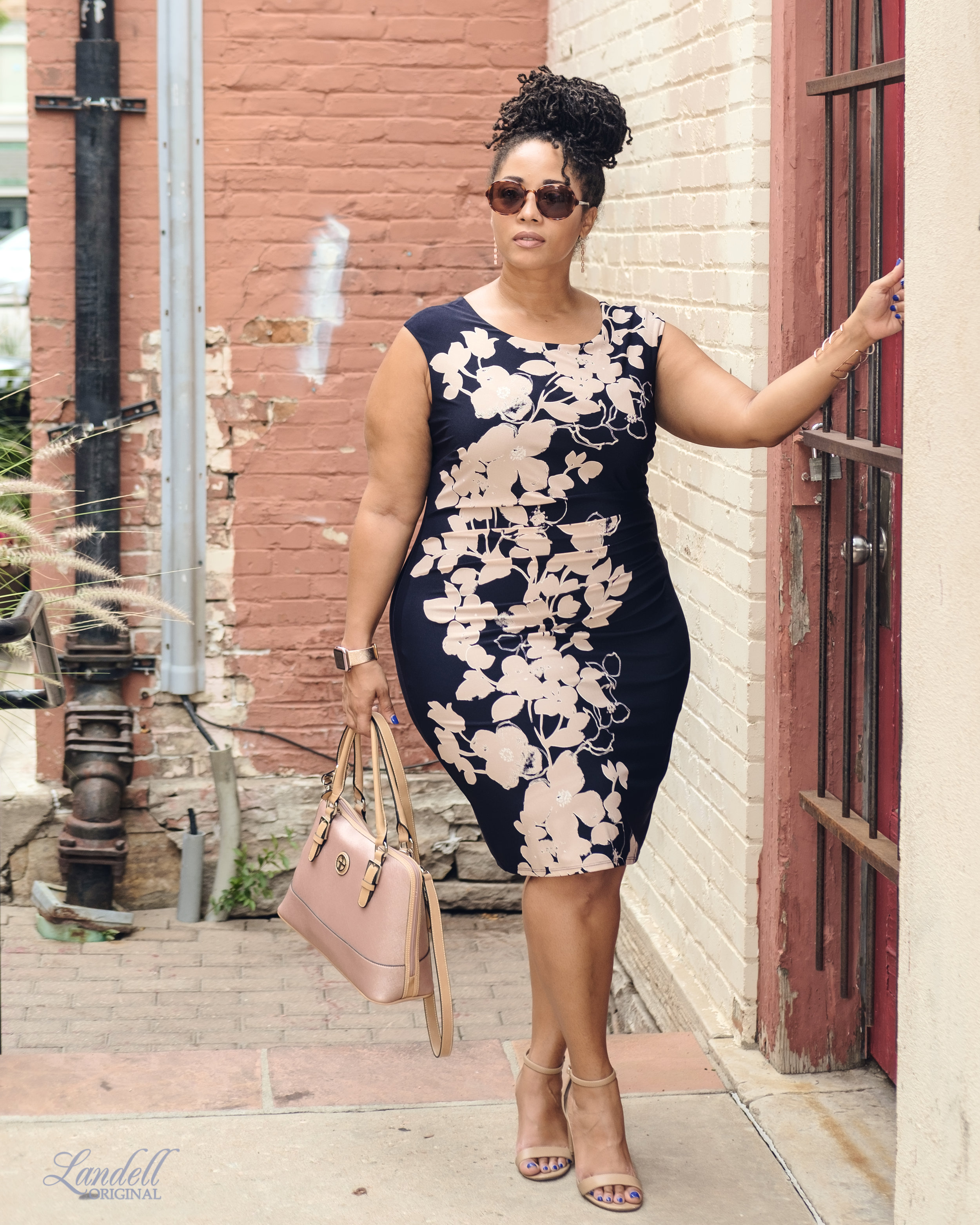 ...Look Details.. - Dress: Jessica Howard (courtesy of Gwynnie Bee)Bag: Gianni BerniniShoes: Dream PairsSunglasses: Toms (similar here) (all pics in this article courtesy of Ryan Landell)