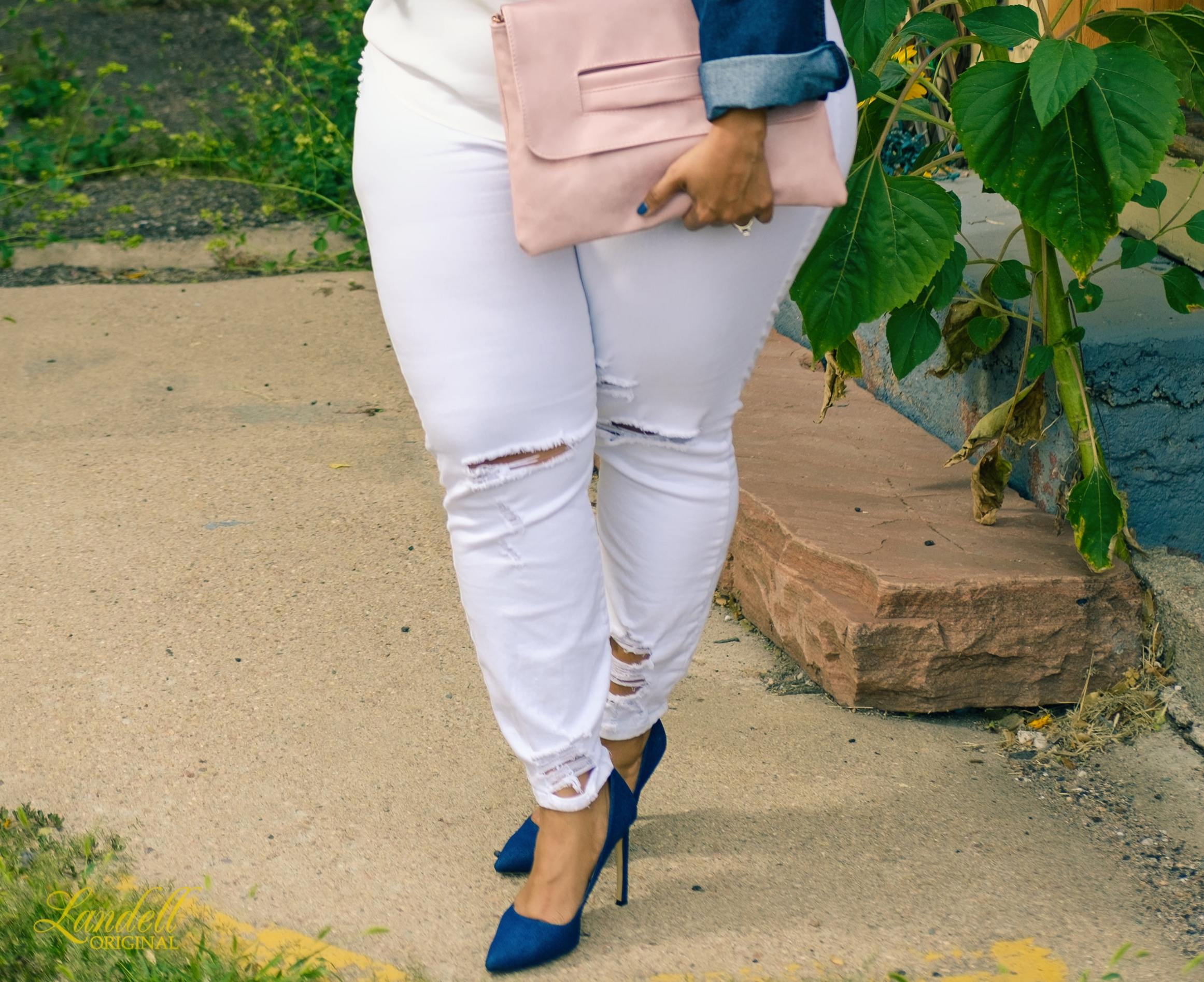 And a pair of your fave denim pumps... - ...and voila! Easy Breezy Fall Style :)...