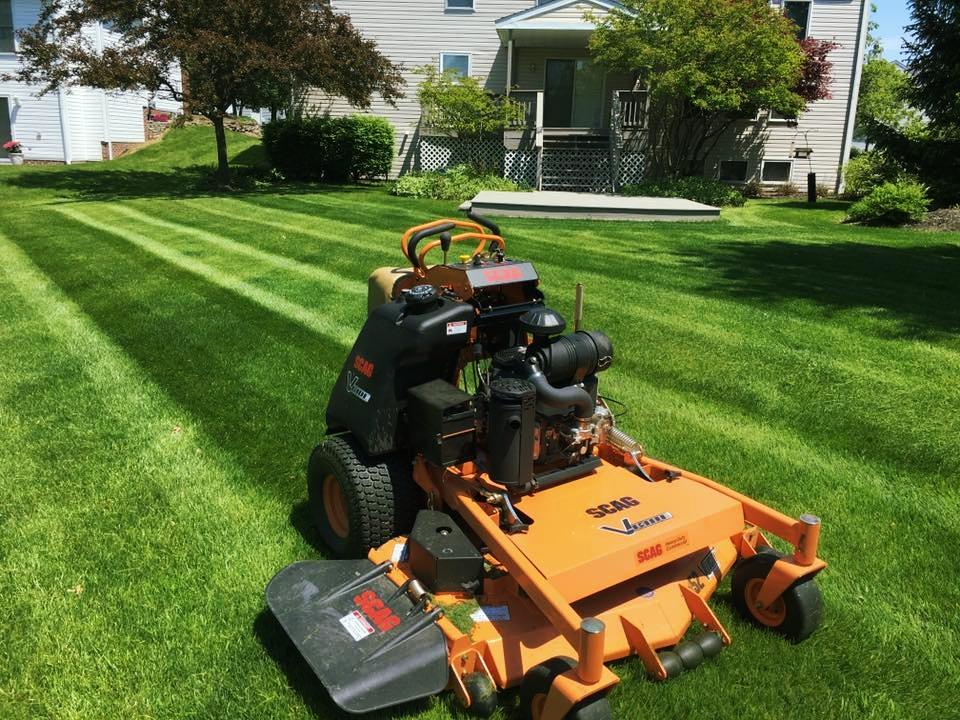 lawn mowing service solon