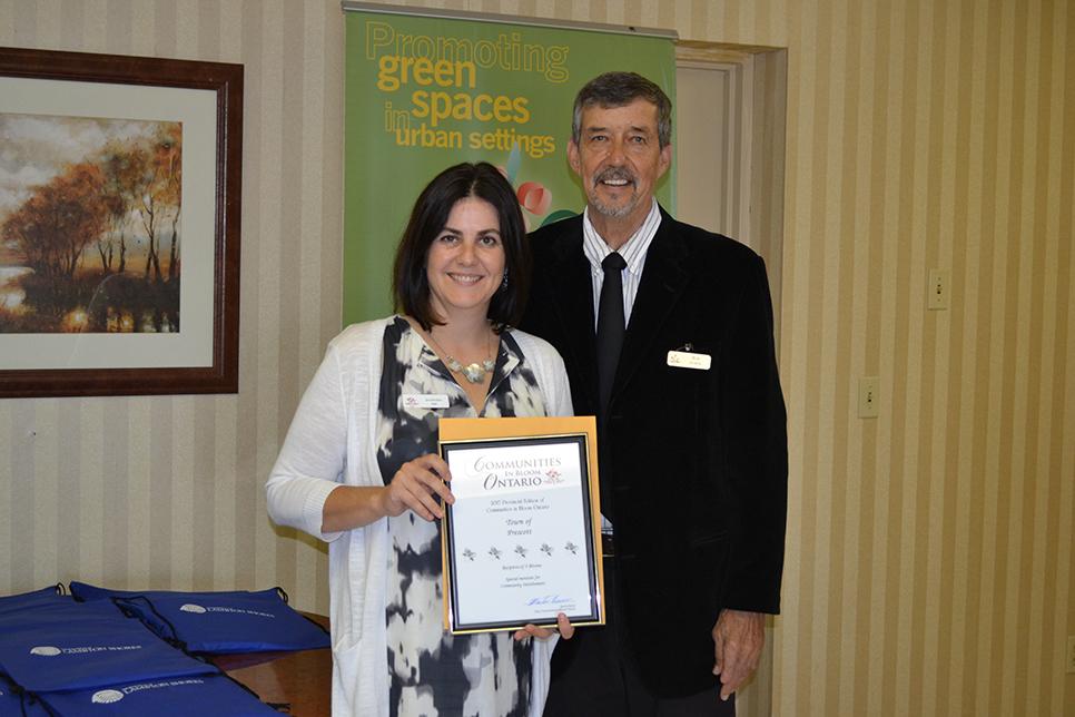 Prescott Award with Jen Sinclair and Larry Parr-LZ.jpg