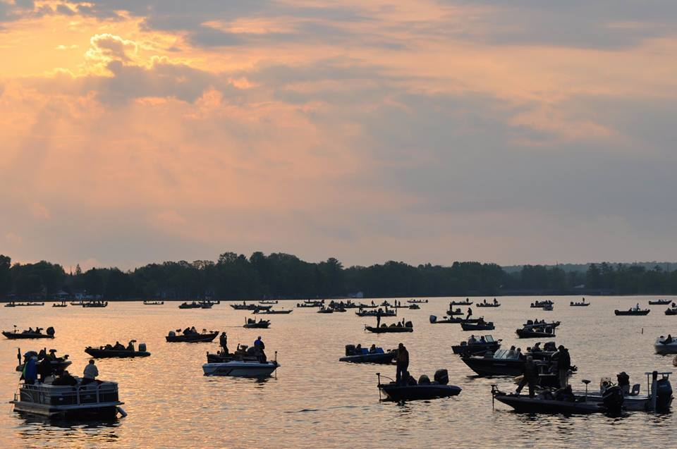 US Canada Walleye Tournament1.jpg