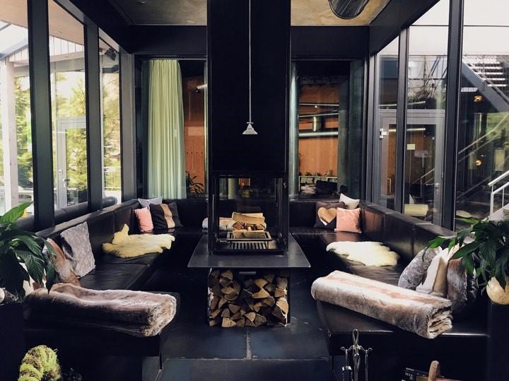 Matterhorn Focus Lounge Area