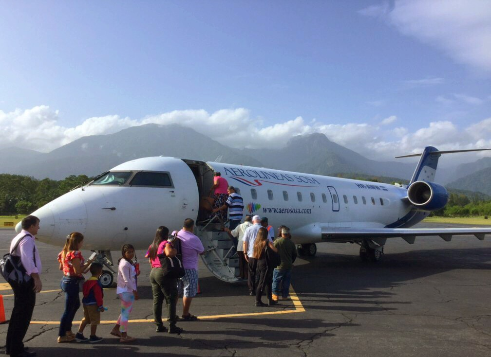 Daily connections to La Ceiba. Quick and easy!
