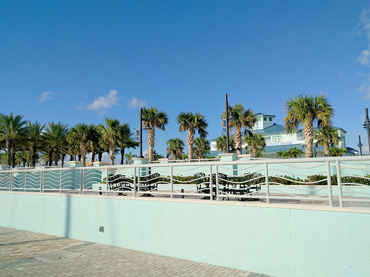 Patios near the marina.