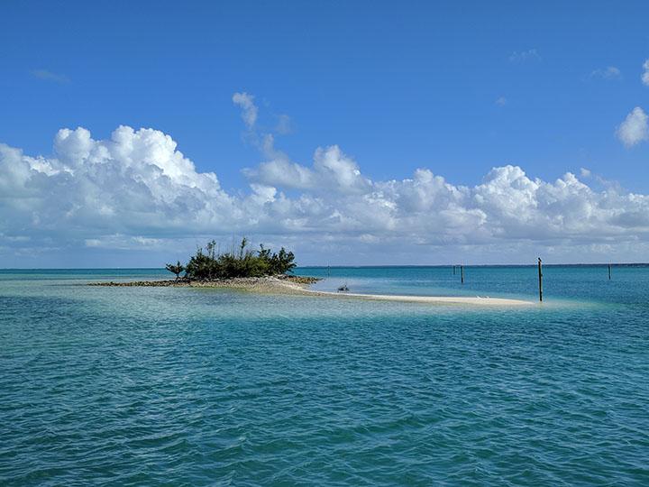 Entering Treasure Cay