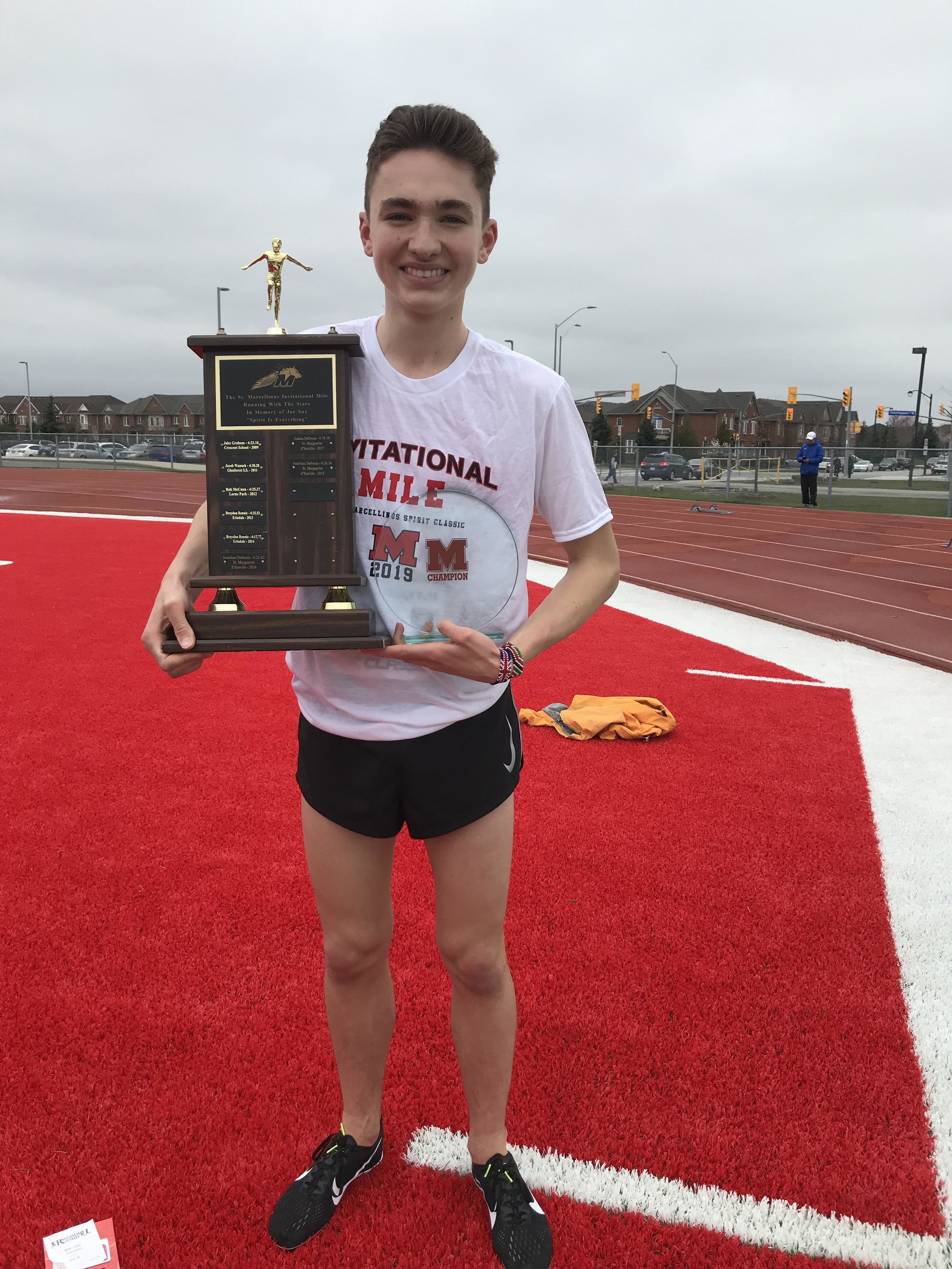 The 2019 St. Macrcellinus Invitational Mile Champion, Max Davies from Northern. 4:25.50