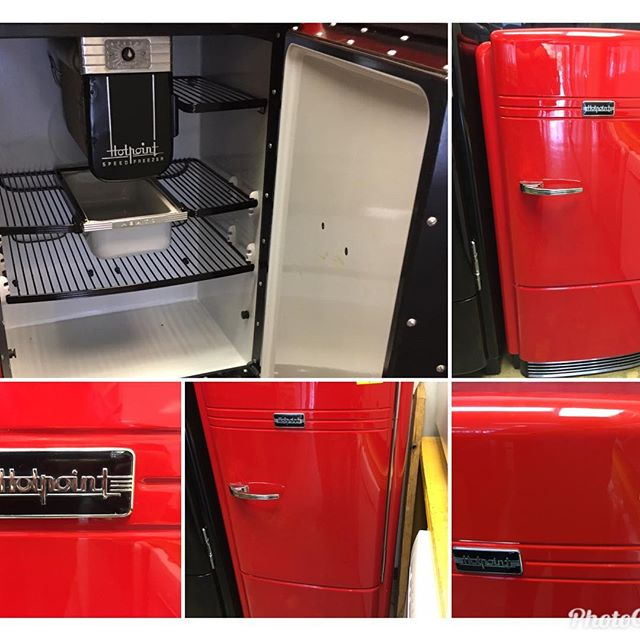1930's refrigerator fully restored, new paint, new cooling system, efficient compressor, new cooling lines, new wiring!! The new coca-cola red Paint is super shine!!! $2,250.... 407-518-1770