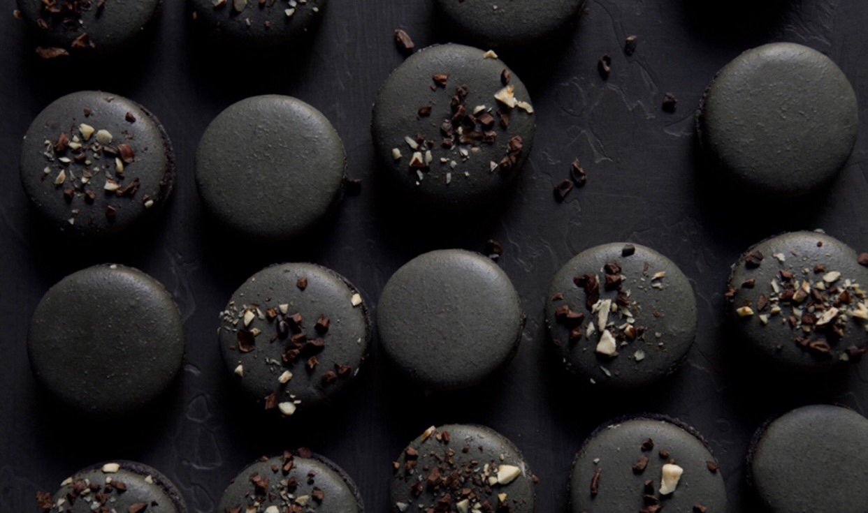 DESSERT...I just die for these black praise macaroons and so will everyone at your party! I found this recipe on Eye Swoon, but I will personally be scouring LA to find these since I am not much of a baker! If you are up to the baking challenge here it is:  http://eye-swoon.com/recipes/black-praline-macarons/