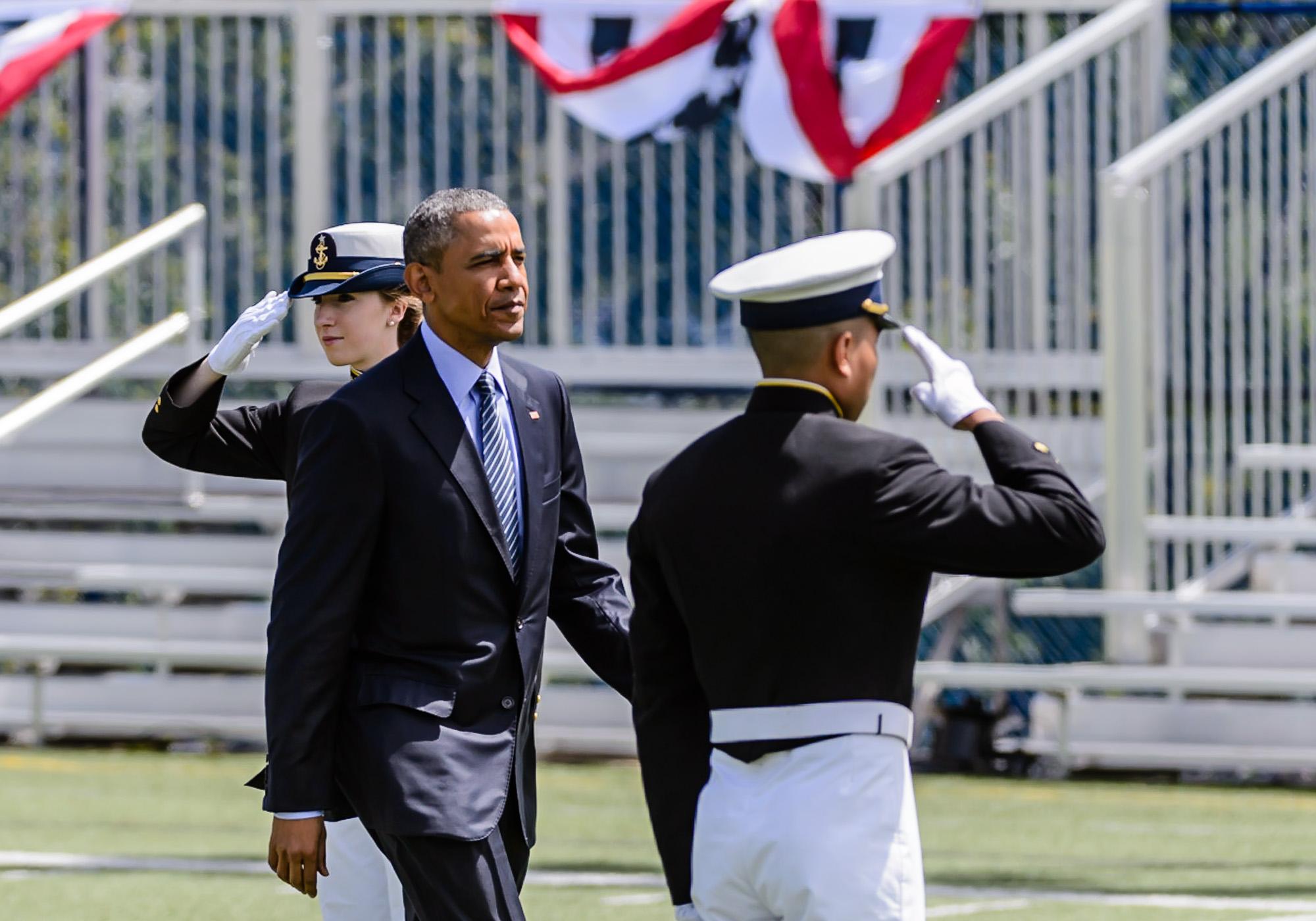 0251_blu_Obama@Coast_Guard_Academy_Graduation.jpg