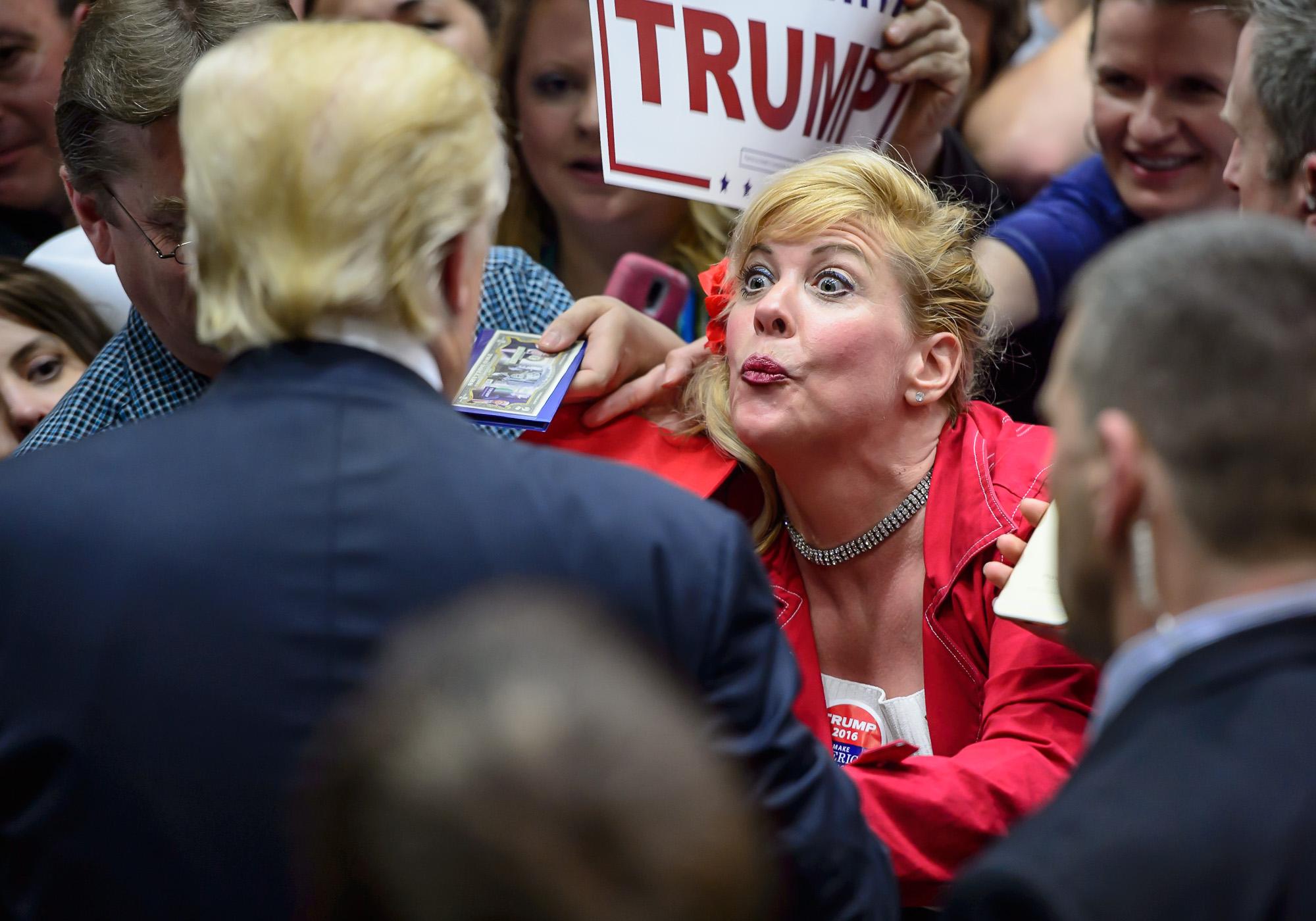 0454_blu_Trump_rally_in_Waterbury.jpg