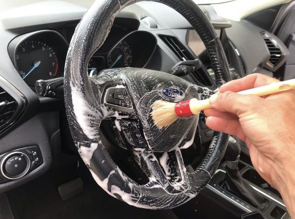 This is the good method for steering wheel cleaner.