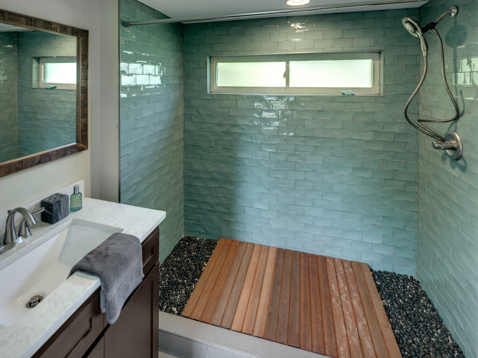 8 bathroom pro.jpg