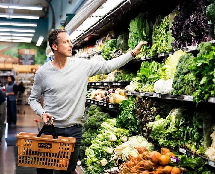 mark-grocery-718x581c.jpg