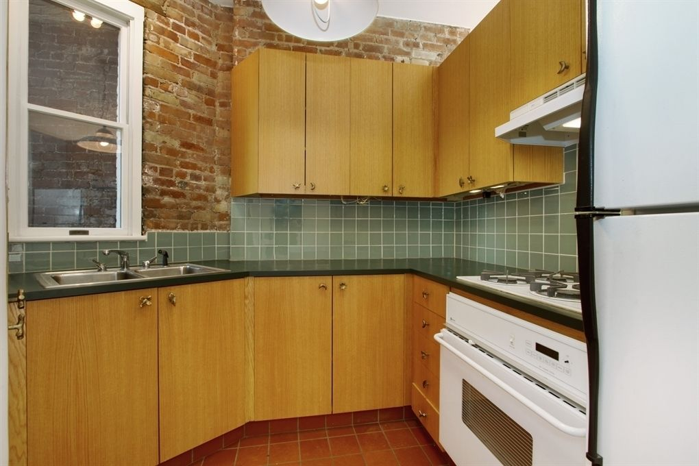 Live the East Village dream. This well maintained, pre-war one bedroom boasts exposed brick, a bright and sunny south facing living room, high ceilings, and windows in every room. The large kitchen is filled with cabinets and the bedroom has an immense amount of storage. A large storage cage also transfer with the  apartment . The building has a central laundry room, bike storage, a common garden and a roof deck with amazing views.