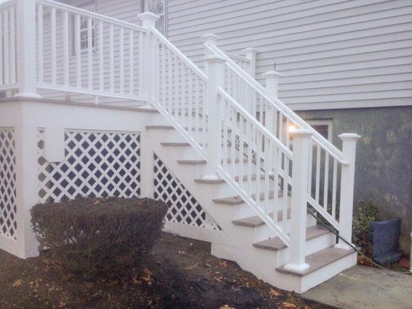 deck-steps-lattice-2.jpg