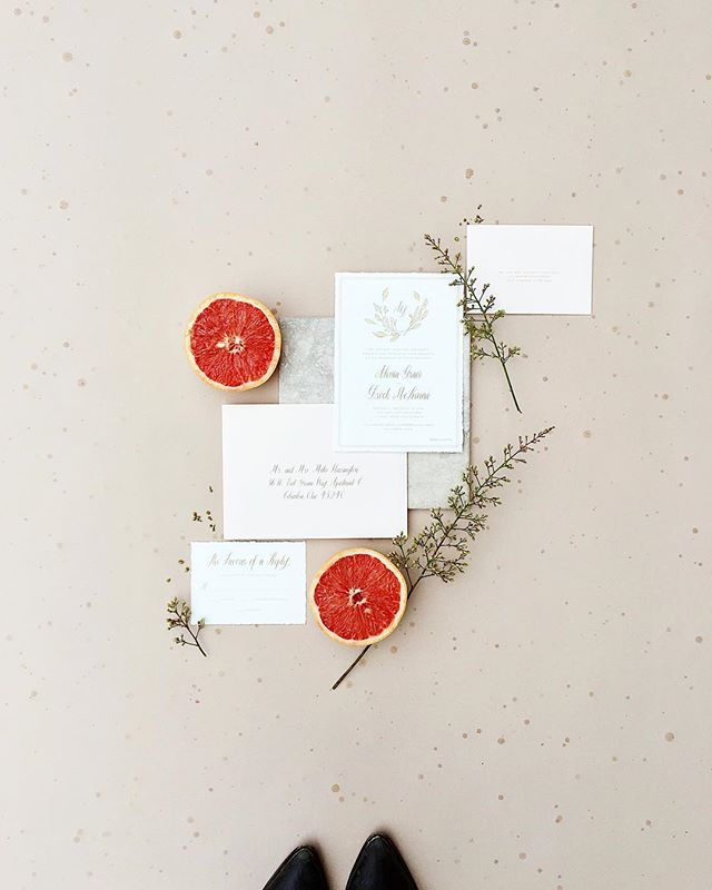Sometimes unexpected raindrops make for the prettiest background. Happy May ✨  Art direction & styling - @alovelybitofeverything  Photography - @azizstudios  Paper goods - @beautifully_noted