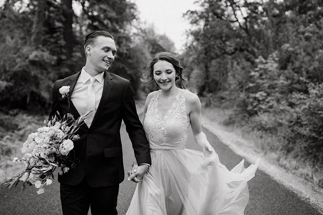 Can't believe that summer is almost over! It went by SO FAST! But I can't wait to share all of my BEAUTIFUL weddings I shot this summer ❤️ I remember leaving @mrs.souzabruno and Derek's wedding with such joy. She gave me a huge hug and I even got a kiss on the cheek 🥰 Literally every couple this year has been a dream to work with! Telling your stories is what makes me happy, because every story is completely different! ILY all so much ❤️😭