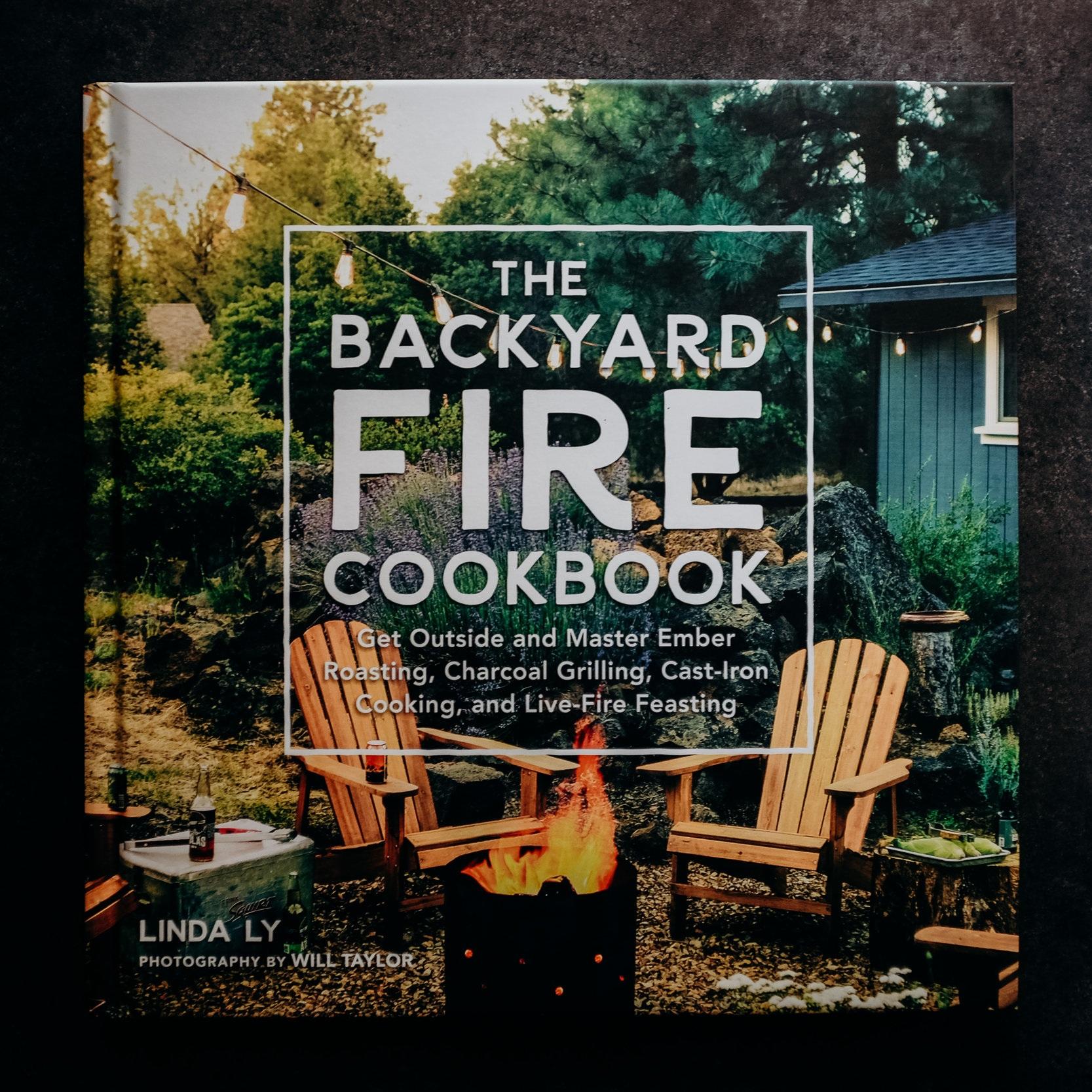 Winter+Cookbooks+%2817+of+37%29.jpg