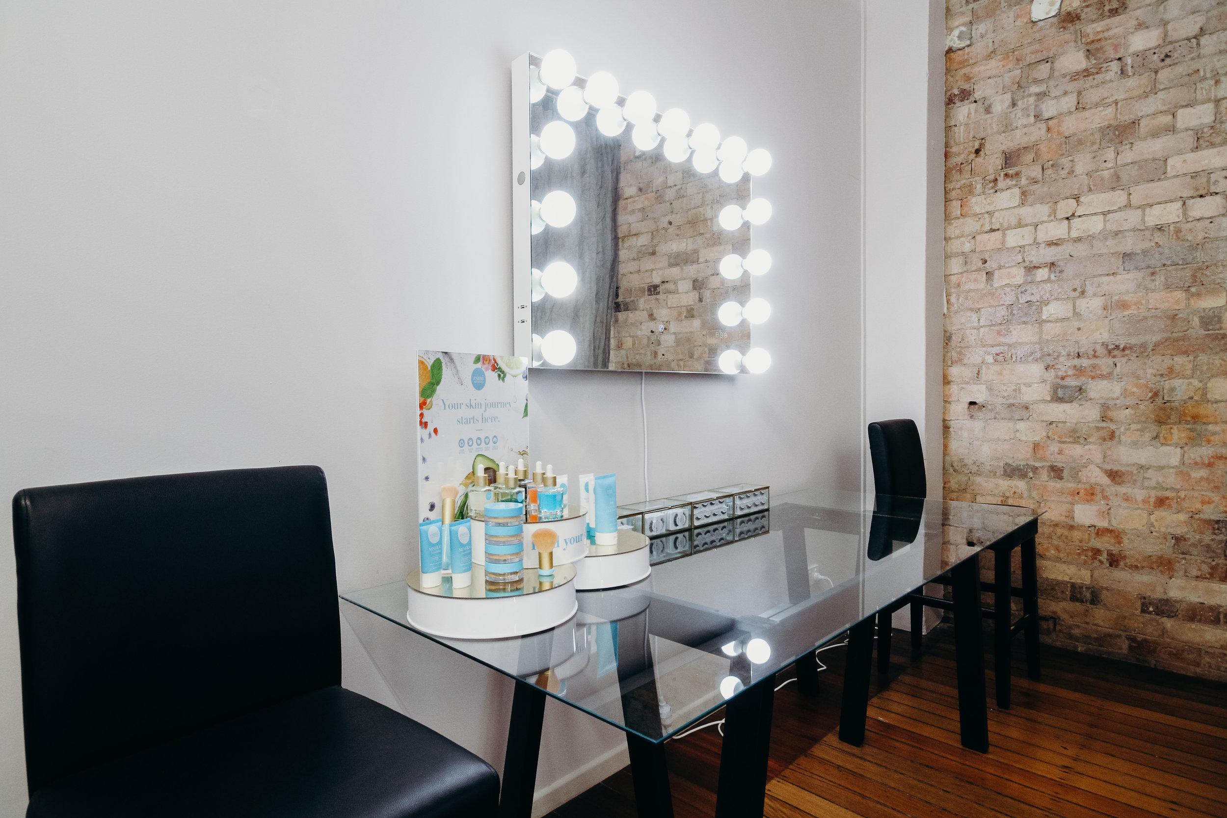 Mirror Mirror Makeup Artistry Updated (3 of 12).jpg