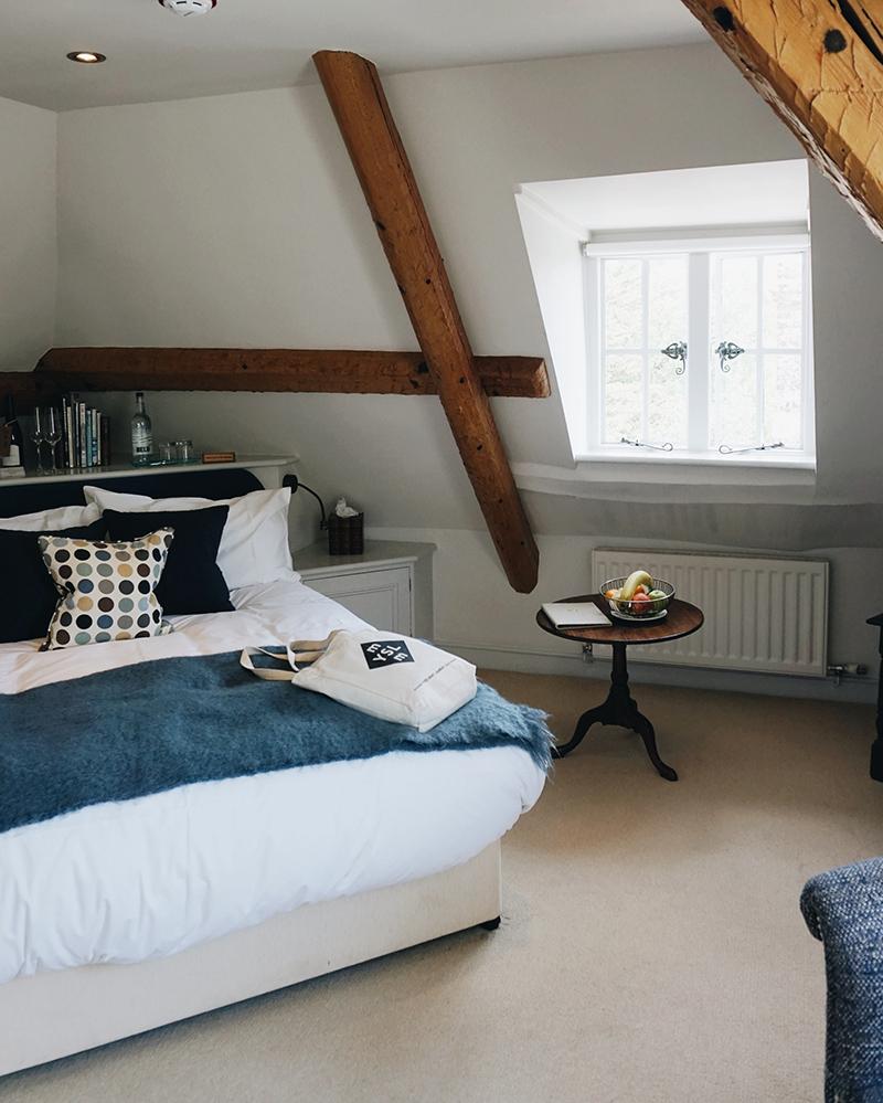 Theseptemberchronicles_dorset_bedroom.jpg