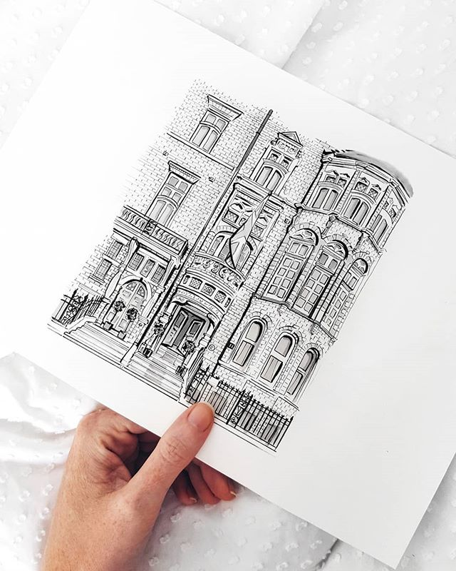 I love when I get to illustrate London commissions 🖤 Swipe to see the coloured version of this hotel illustration for the stunning @11cadogangardens