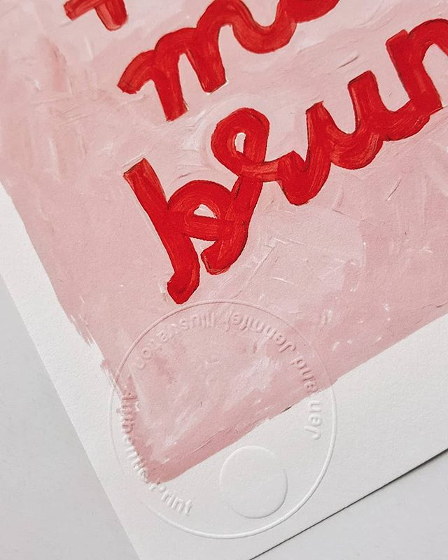 I'm a little obsessed with my new custom embossing stamp 😍 all my prints now come with this fancy seal of authenticity and its one more fun thing I get to do when I send out prints to you all! ♥ Visit my online shop for a little browse.. As always free world-wide shipping 🛒 www.jenandjennifer.com