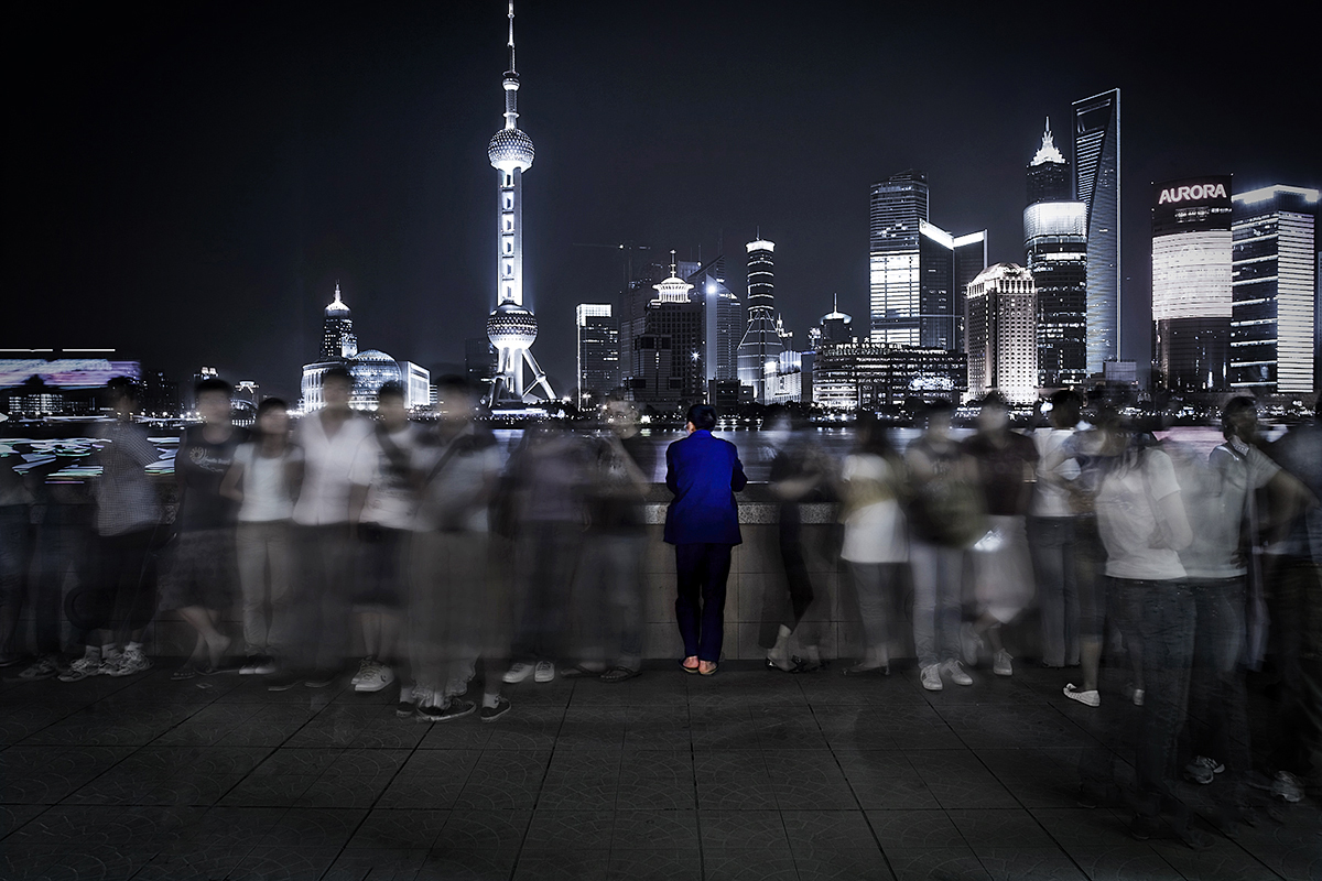 Migrant Worker,  from the collection  Cina Anno Zero , Shanghai, 2008. 107 x 75cm, Lambda Print on Archival Paper, Edition 1/3 + 2AP
