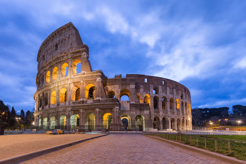 Das Kolosseum in der Blauen Stunde
