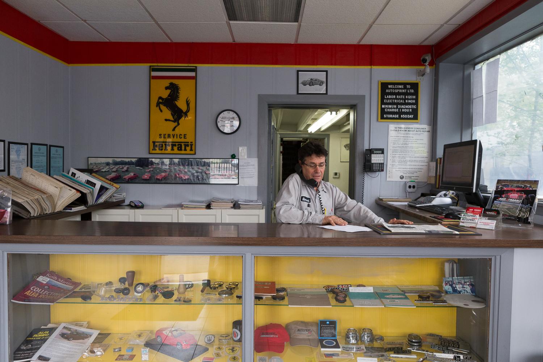 ferrari-service-shop-chicago