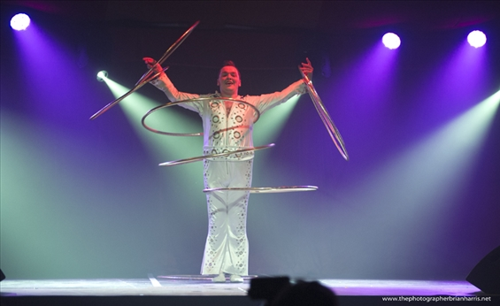 014-Craig-The-Incredible-Hula-Boy_565x346.jpg