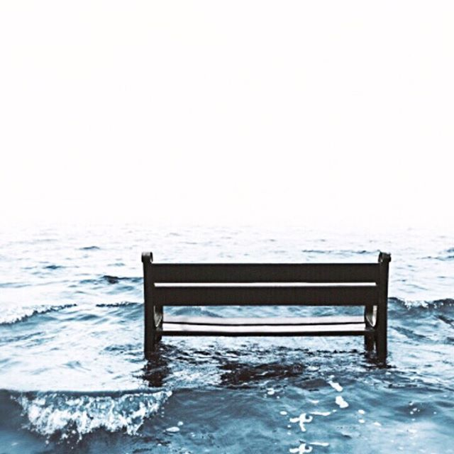 Because no one wants to be left on that bench when the tide is rising. 🌊 This week scientists said we have 12 years to stop a climate change catastrophe. You know I'm not one to preach and that I prefer to focus on climate positivity rather than negativity and fearsome facts but the direction of travel we're headed in is terrifying and we need to start making changes. Now. 🌎 I've just written an article over on @acalaonline about our thoughts on how the beauty industry can combat climate change. I believe the answer to making the industry sustainable lies in Water- Free- DIY-Farm- to- Table beauty'. Sound like a mouthful? Let me explain. Link in bio to find out more. We have the power to make a change. Let's act now and let's act together. . . . #climatechange #bettertogether #protectmotherearth #doyourbit #greenbeauty #lowimpactliving
