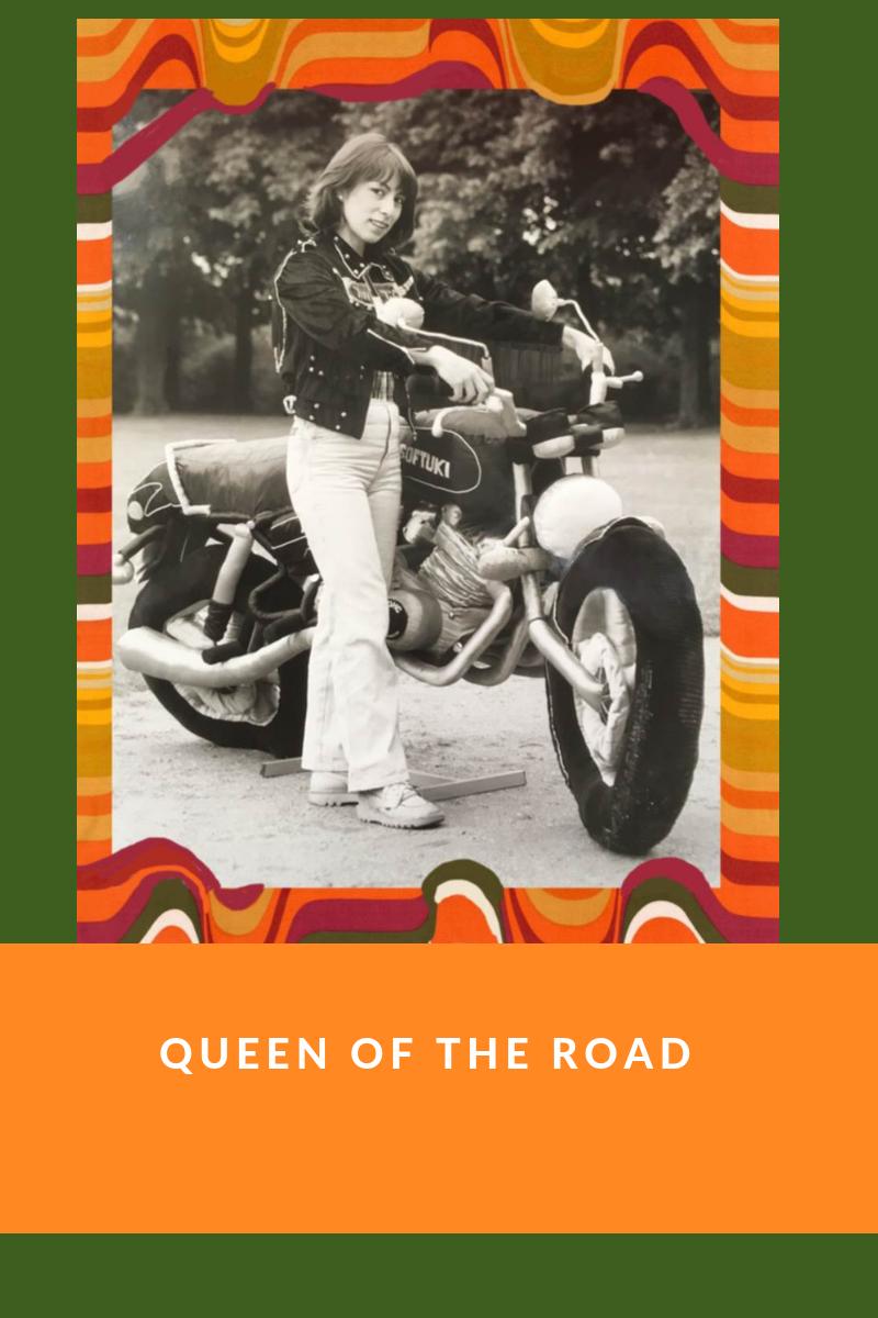 I t's a SOFTUKI!  La seule et unique moto molle.   En souvenir affectueux de  Hattie Hammel , la  Queen  des Sculptures molles.