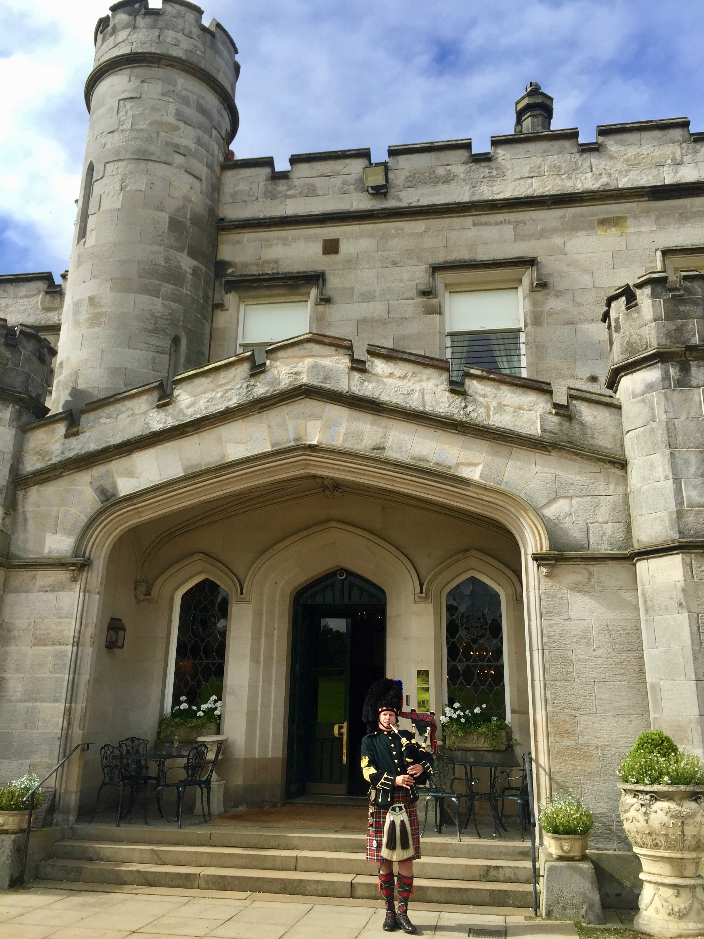 Dundas Castle. Quite the venue for a wedding and nice to play at a different style of ceremony.July 2017