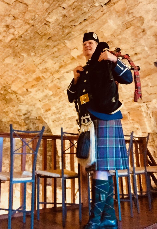MacDonald of Clanranald tartan