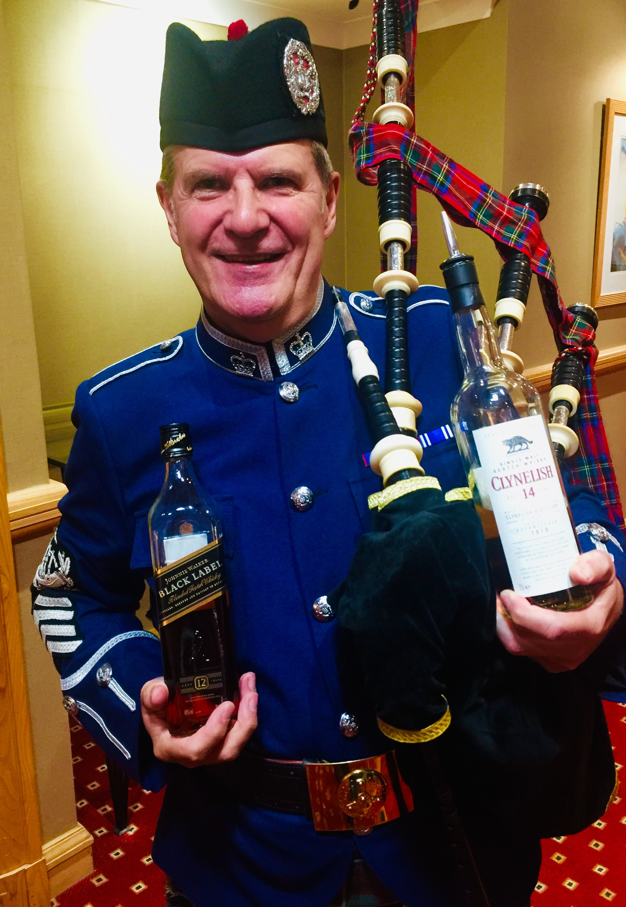 It's a dangerous game being the piper at a whiskey tasting. Just as well I have strong will power!