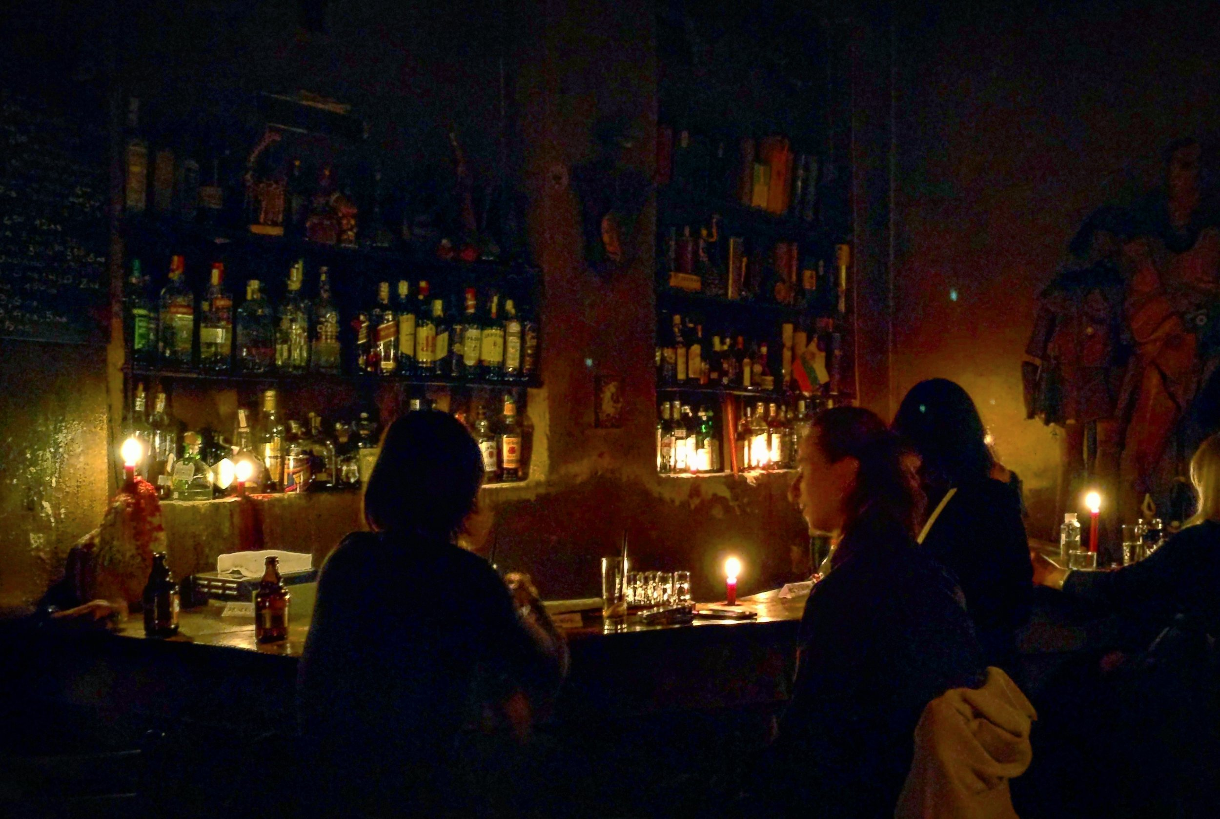 The candlelit bar