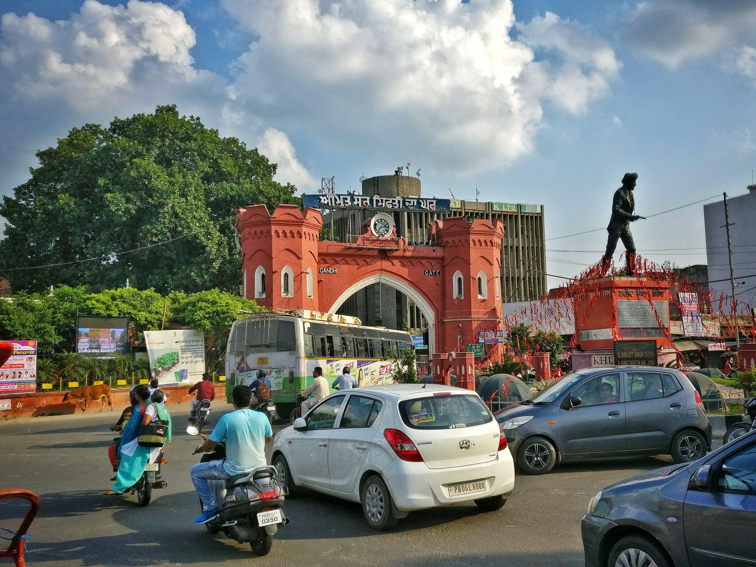 Entering Amritsar's old quarter