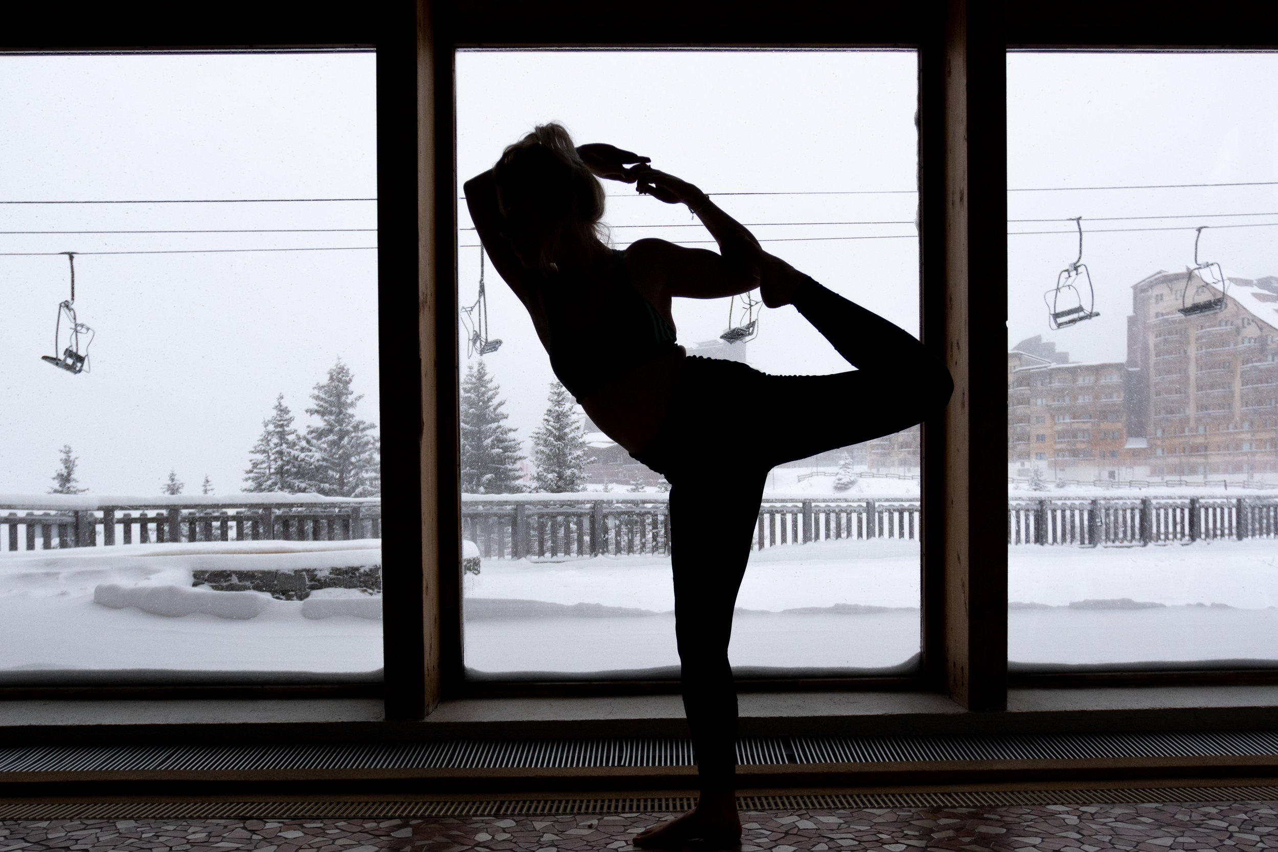 Private daily yoga classes in Avoriaz for Nuco Travel