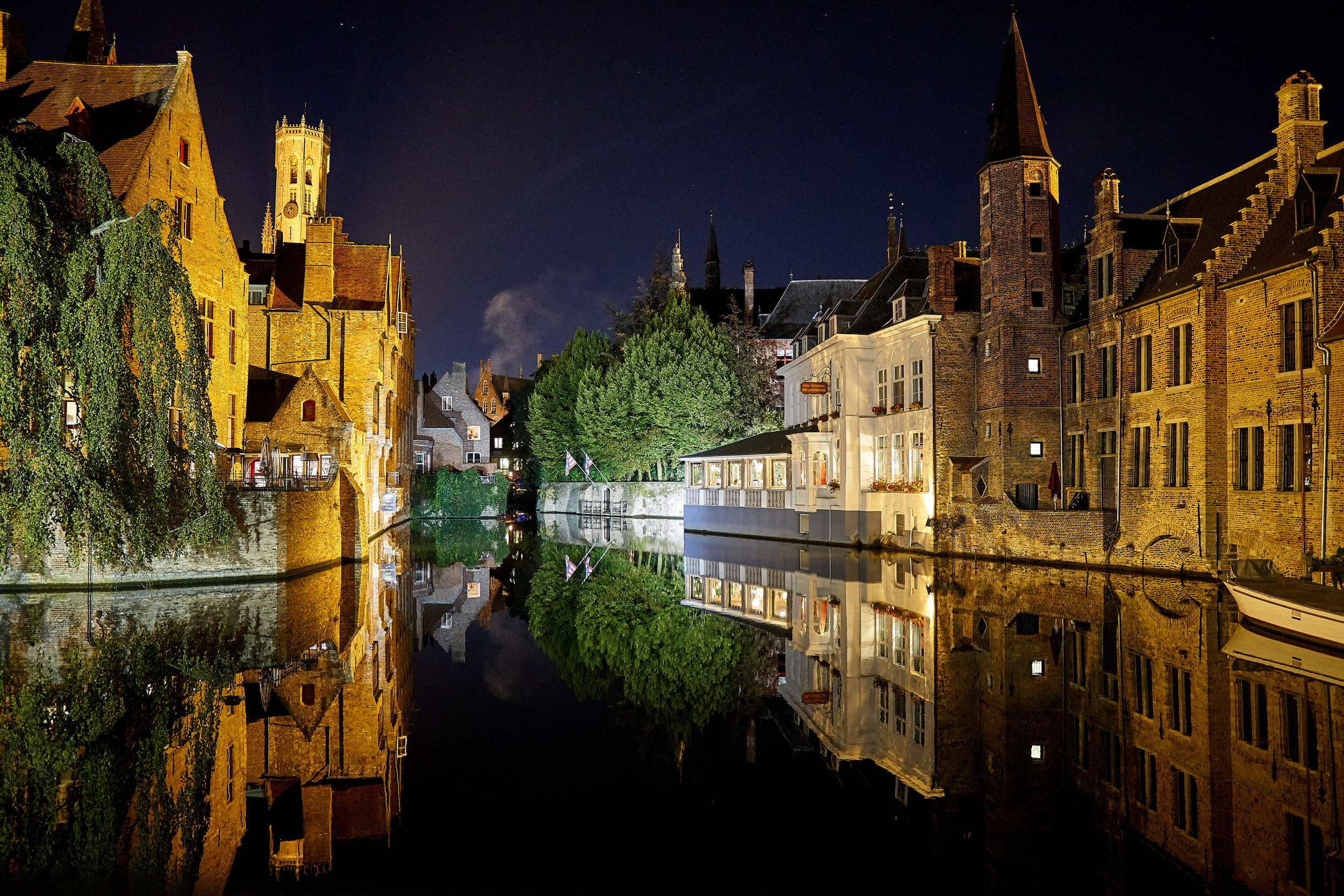 canal at night 2.jpg