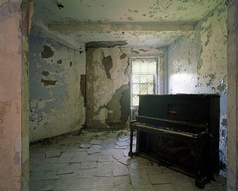 """Piano""24""x 30"" photograph"