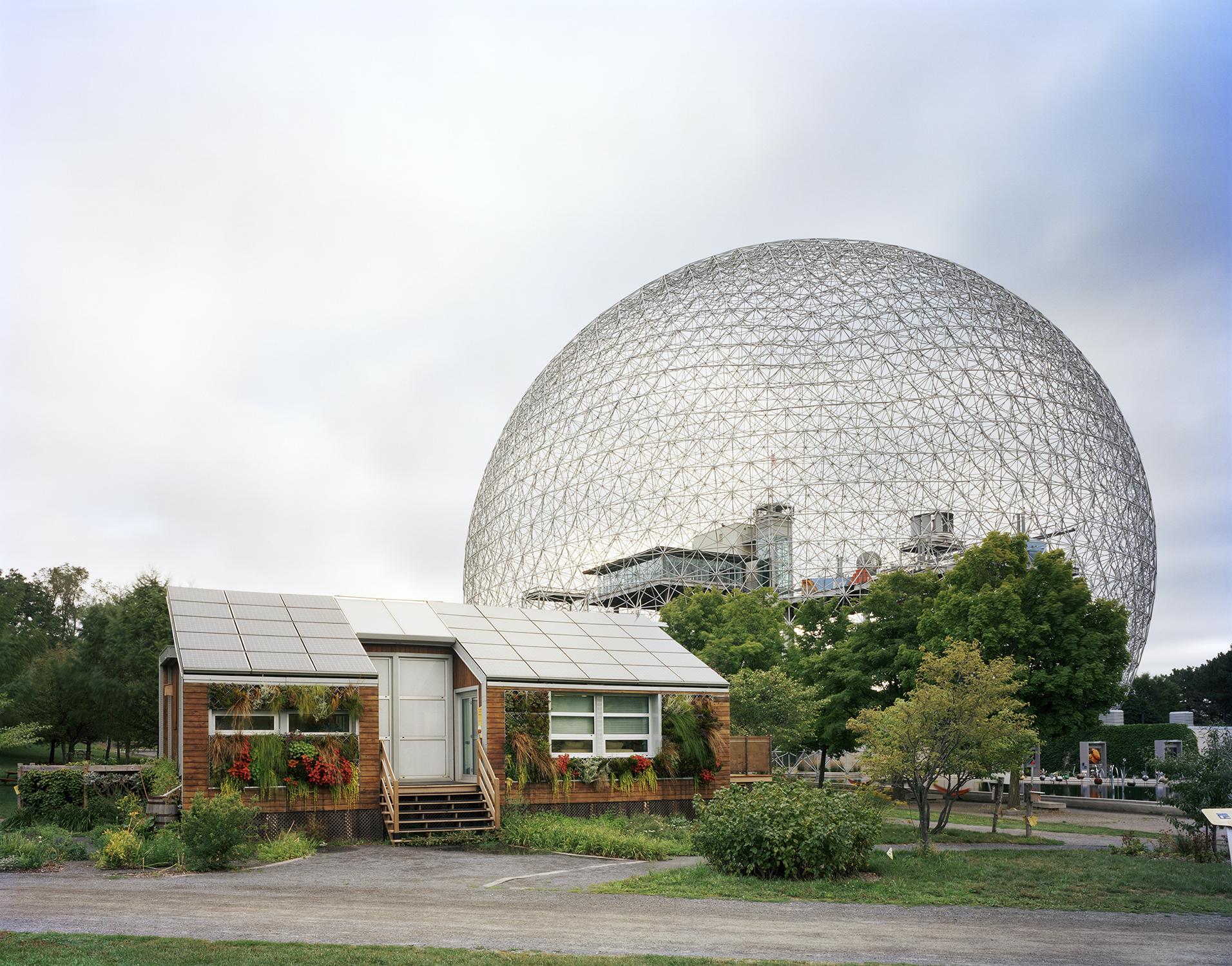 Lost-Utopias-Jade-Doskow-Front-Room-Gallery-Montreal-Buckminster.jpg